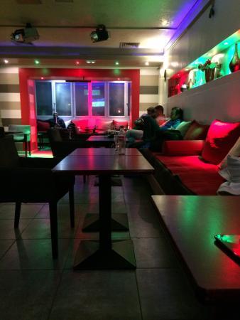 Damas Cafe