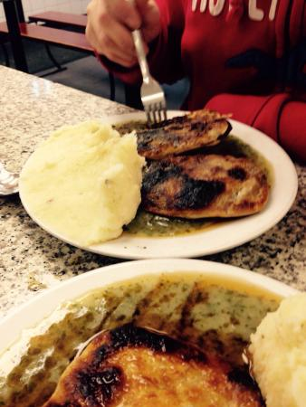 Robins Pie And Mash