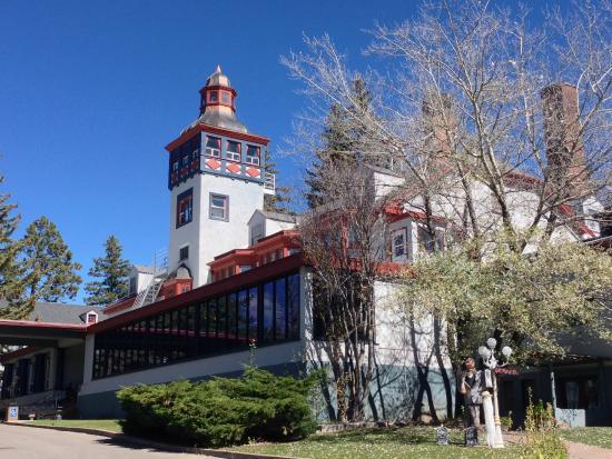 The Lodge Resort and Spa: The Lodge Resort