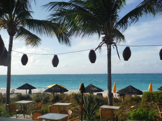 Sibonne Beach Hotel: Across from Bay Bistro