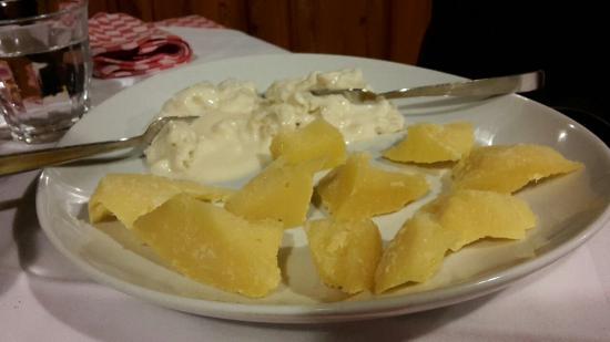 Osteria La Grotta: Gorgonzola e bagoss