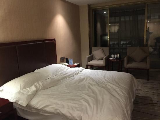 首信大酒店