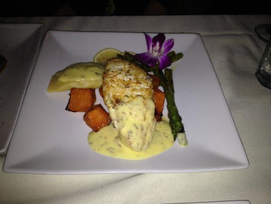 Misto Bar and Grill : Chilean Sea Bass