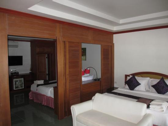 Phi Phi Villa Resort : Luxury Deluxe Beachfront room