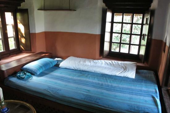 Namobuddha Resort: Downstairs House 9