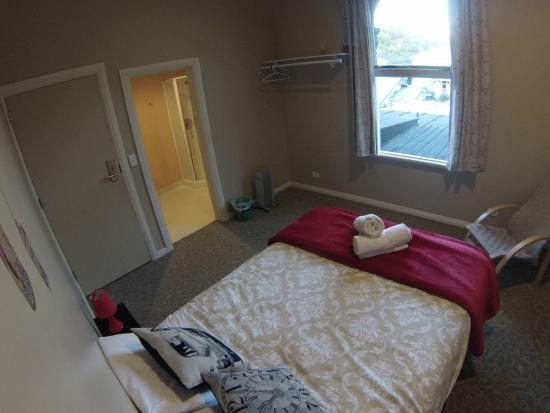 The Prince Albert Backpackers : Double Room