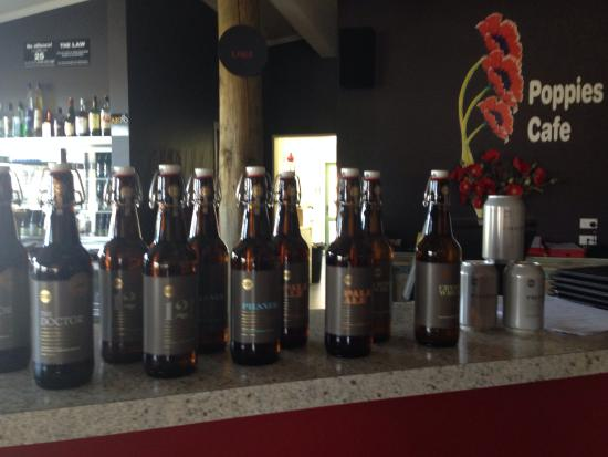 Poppies Cafe: Craft beer