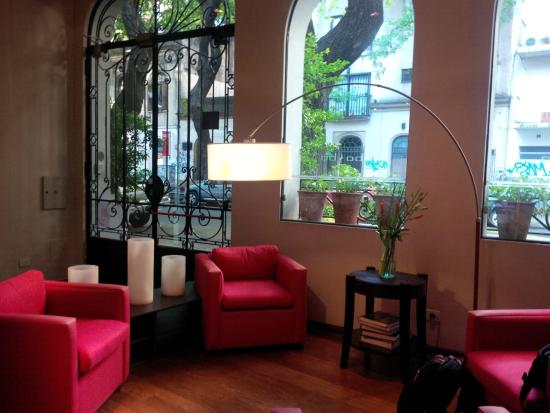 BoBo Hotel : Hotel lobby