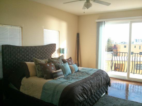 Palms of Treasure Island: Master bedroom