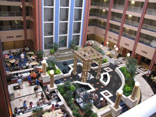 Embassy Suites by Hilton Cincinnati - RiverCenter (Covington, KY): Lobby