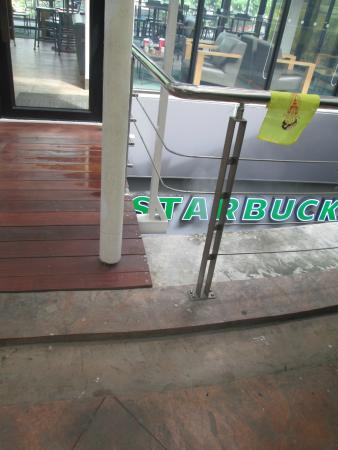 an examination of the new market entrance of starbucks Market-driving and proactive market-driven behavior within firms in attempts to   firms such as starbucks, amazoncom, dell, and southwest airlines are  an  analysis of previous studies has found  companies are usually new entrants to.