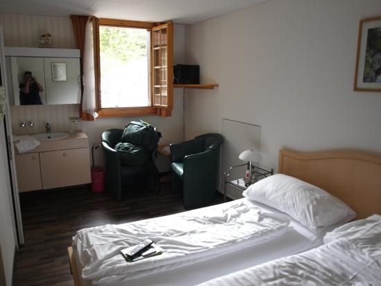 Chalet Hotel Alpenruh: Guestroom