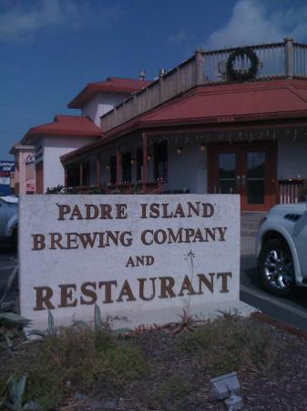 Padre Island Brewing Co.: Great variety, fun place