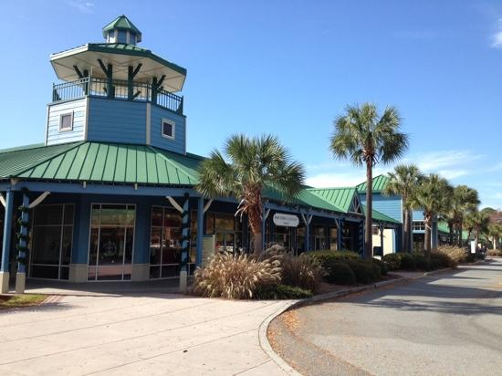 Tanger Outlets Hilton Head: part of Tanger 2