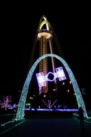 138 Tower Park: タワーのライトアップとイルミネーション
