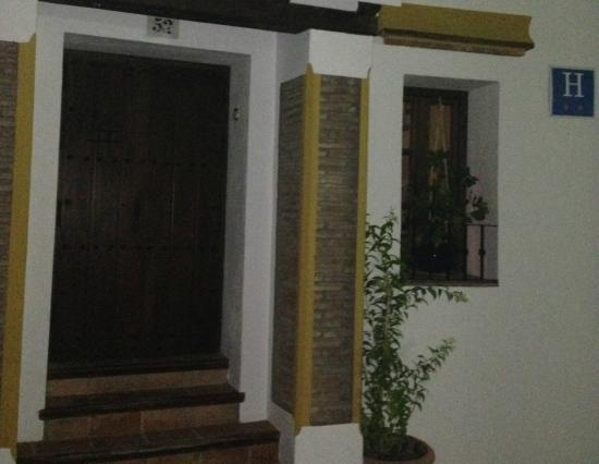 Hotel Rural Casares: Hotel entrance