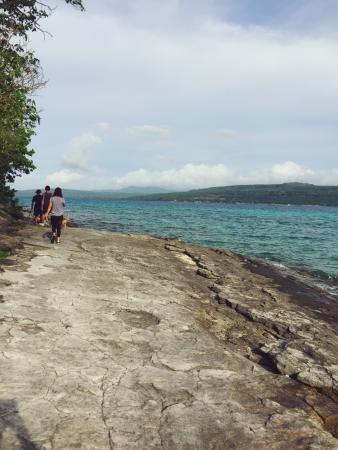 Tranquillity Island Resort & Dive Base: Hiking around the island