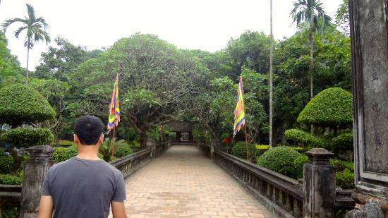 Ngoc Anh Hotel 2: king's temple