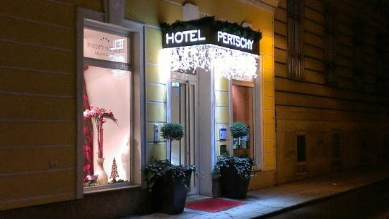 Pertschy Palais Hotel: ペルチー パレ ホテル 玄関