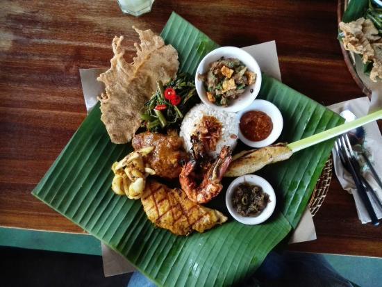Bumbu Bali: Nasi Campur