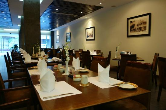 Norfolk Hotel Saigon: Restaurant in the ground floor
