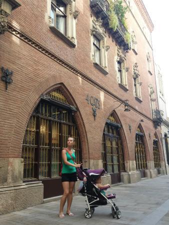 Casa Martí Els Quatre Gats: z zewnątrz