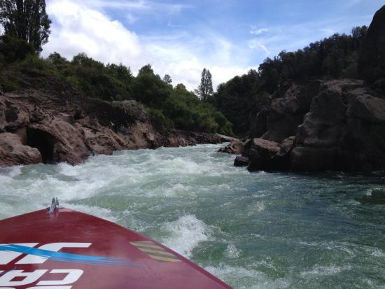 Buller Canyon Jet: Looking into the rapids!