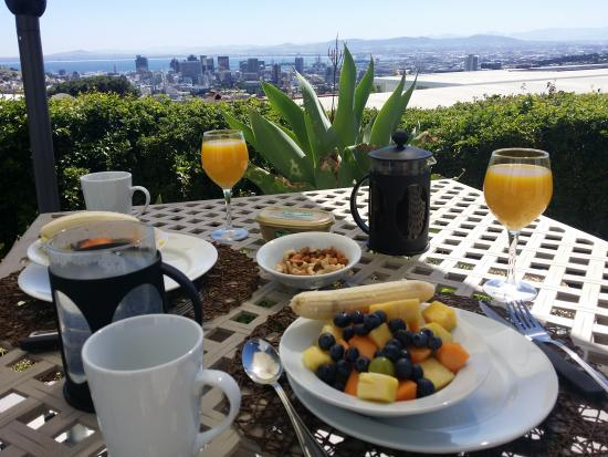 Cape Paradise Lodge and Apartments: Blick von der Terrasse aus über die Cape Town