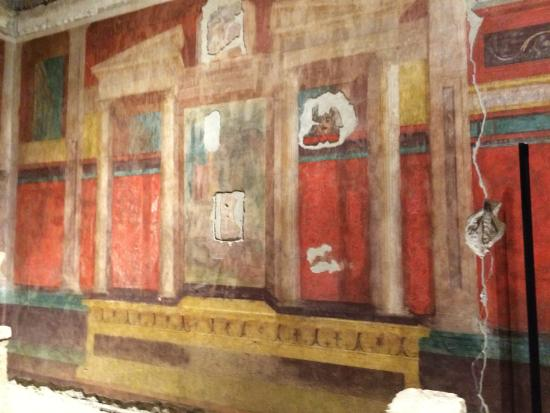 House of Augustus : Augustus and Livia's House--Palantine Hill