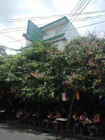 Green House BKK: 外観