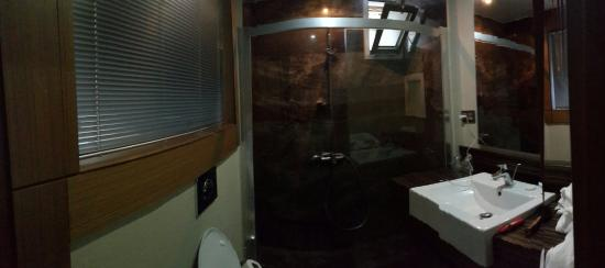 Hera Hotel : Banyo tuvalet