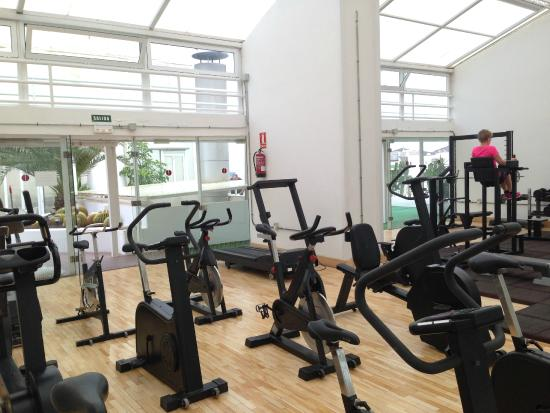Astoria Hotel: Gym on the roof, 5th floor