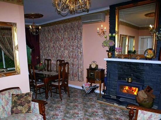 Hahndorf House Bed & Breakfast