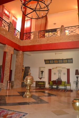 Hotel Dakyanus : La Hall