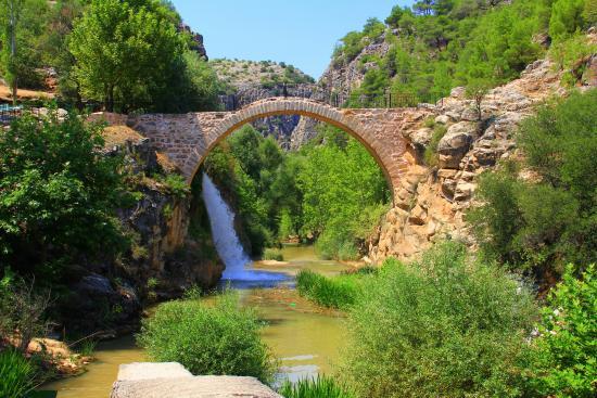 Usak, Turki: Clandras köprüsü