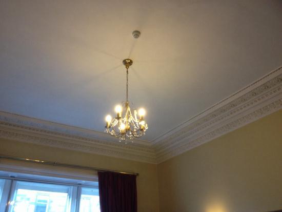 Edinburgh Thistle Hotel: Beautiful cornicing