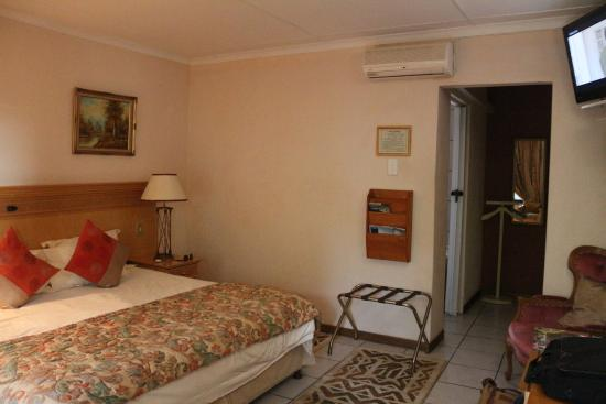 Shamrock Arms Guest Lodge : chambre