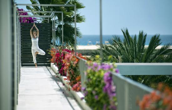 Hotel Dunas de Sal: Yoga class and surrondings