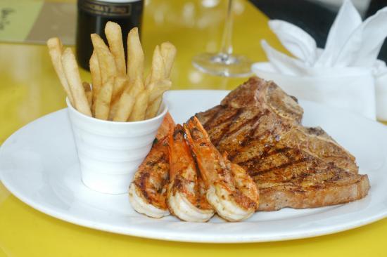 Gold Coast Restaurant & Bar: Surf n Turf