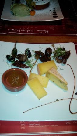 Papillon - Bistro & Weinbar: Käse Auswahl