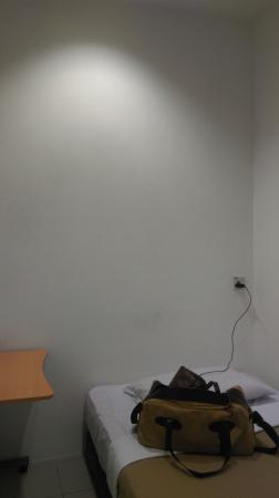 Malabar Inn: single bed
