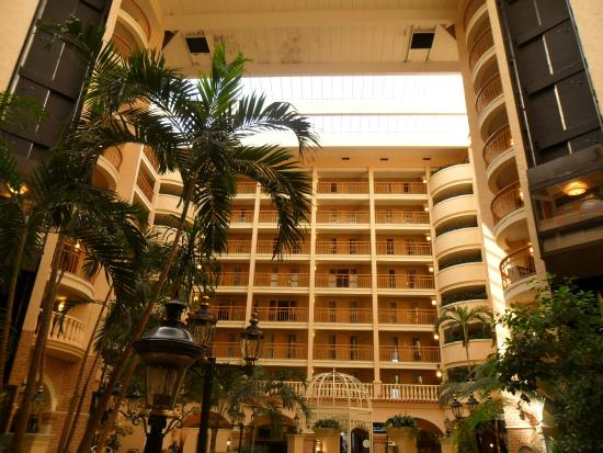 Interior Hotel Main Foyer Picture Of Embassy Suites By Hilton