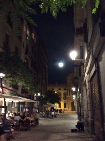 Casa Marcelo Barcelona: outside the B&B