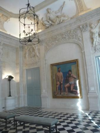 inside the h tel sal picture of musee picasso paris. Black Bedroom Furniture Sets. Home Design Ideas