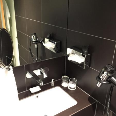 Clipper City Home: Bath