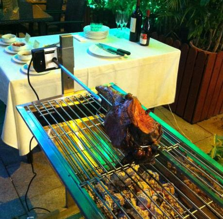 Gold Coast Restaurant & Bar : Outdoor BBQ Facility
