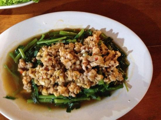 Takieng Restaurant : Morning glorie with minced pork