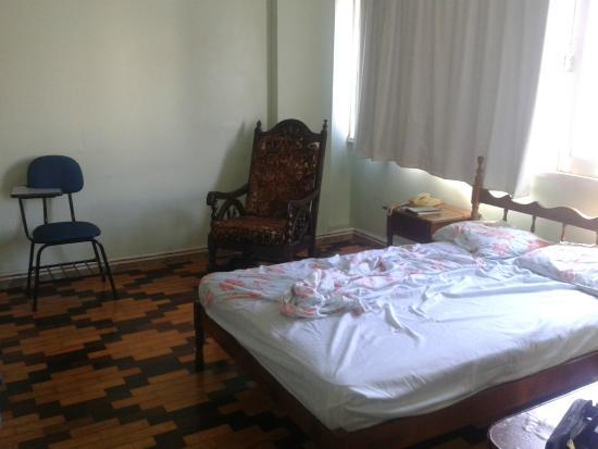 Sombra Palace Hotel: Quarto