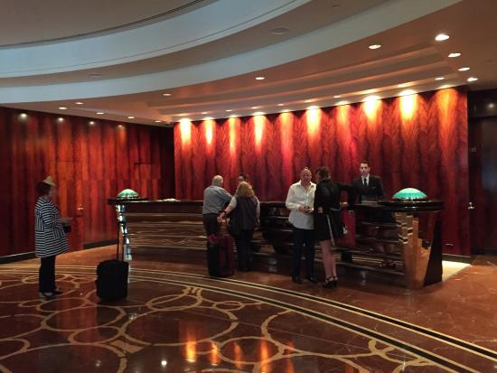 Park Hyatt Melbourne: The reception desk