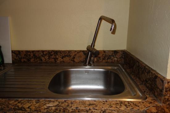 Grand Fiesta Americana Los Cabos All Inclusive Golf & Spa : Kitchen faucet